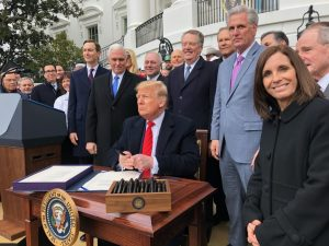 McSally photo bombing Trump